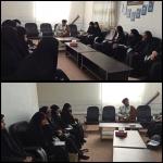 دیدار دانش آموزان دختر عضو انجمن های اسلامی شهرستان شازند با امام جمعه این شهرستان.