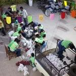 طبخ و توزیع ۱۱۰ پرس غذای گرم به مناسبت عید غدیر توسط دانش آموزان انجمنی شهرستان اراک