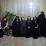 دیدار دختران انجمنی بامادر شهید عزیزی به مناسبت روز مادر